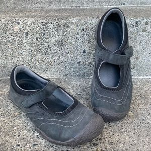 KEEN Black Mary Jane Flats velcro strap shoe 7.5